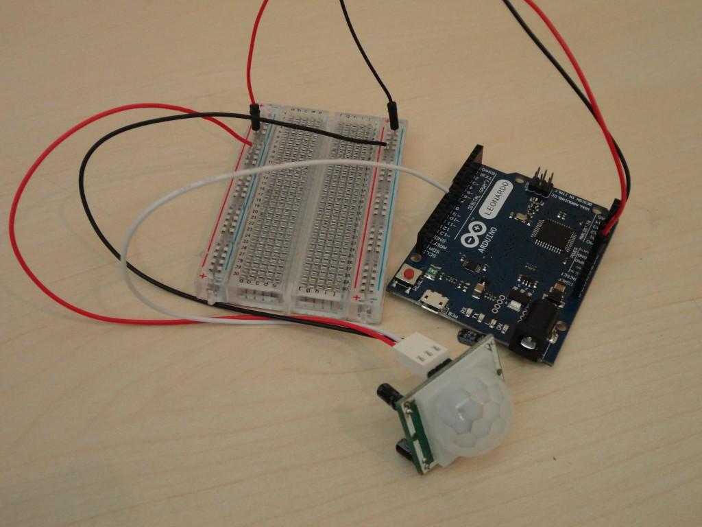 التحكم بالدارة الكهربائية باستخدام مستشعر الحركة DSC03606-1024x768