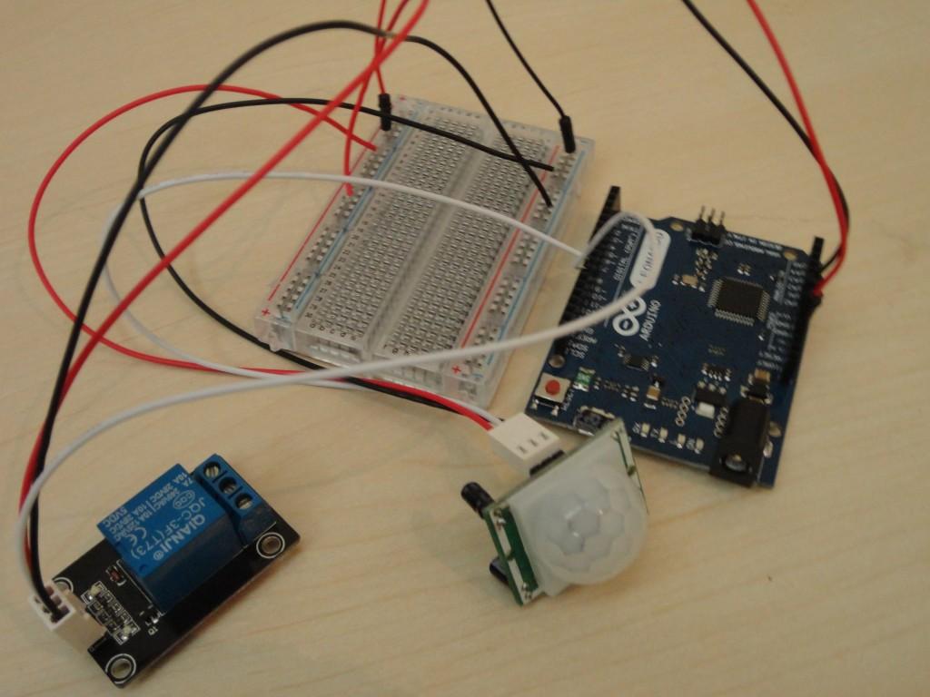 التحكم بالدارة الكهربائية باستخدام مستشعر الحركة DSC03608-1024x768
